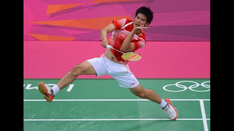 Derek Wong of Singapore returns against Jan O Jorgensen of Denmark during their Men's Singles Badminton during Badminton match on Day 4 of the London 2012 Olympic Games at Wembley Arena on July 31, 2012 in London, England.