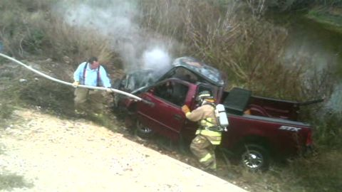 man drives over cliff while texting_00001908