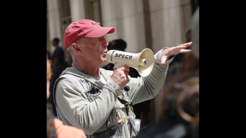 """Director Tony Scott on location for """"The Taking of Pelham 1-2-3"""" on the streets of Manhattan on May 11, 2008, in New York. Scott died Sunday, August 19, at age 68 in an apparent suicide."""