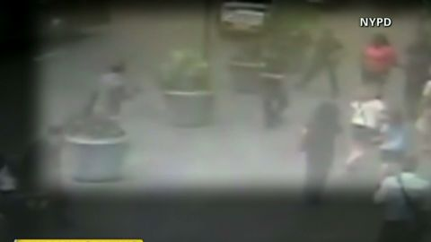 ac nypd surveillance video released_00001730