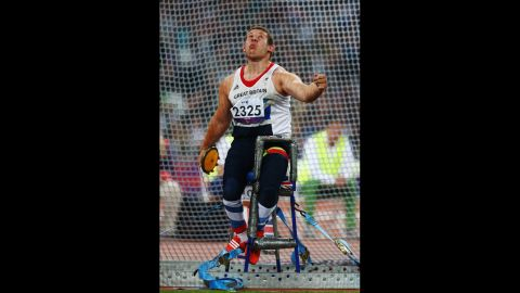 Kieran Tscherniawsky of Great Britain competes in the men's discus throw F32/33/34 final on Friday.