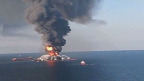 pkg marquez shell weighs risks in arctic oil_00001319
