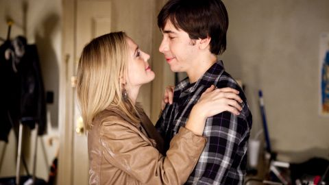 """Drew Barrymore and Justin Long began their on-and-off relationship after meeting on the set of 2007's """"He's Just Not That Into You."""" They co-starred again in 2010's """"Going the Distance."""" Barrymore went on to <a href=""""http://marquee.blogs.cnn.com/2012/06/08/drew-barrymore-opens-up-on-perfect-wedding/"""" target=""""_blank"""">marry Will Kopelman </a>in 2012, with whom she has two kids."""