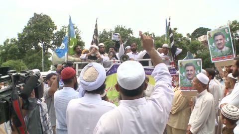 sayah.pakistan.protests_00002625