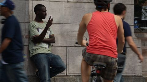 People in New York step up to CNN's Open Mic to talk about mobile etiquette.