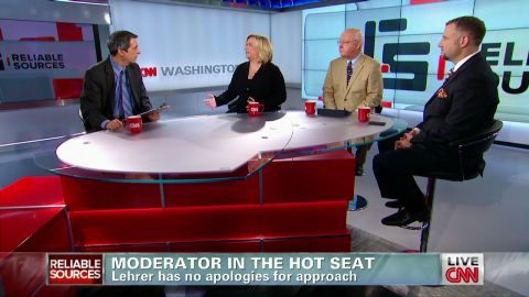 RS.Moderator.on.the.hot.seat_00015802