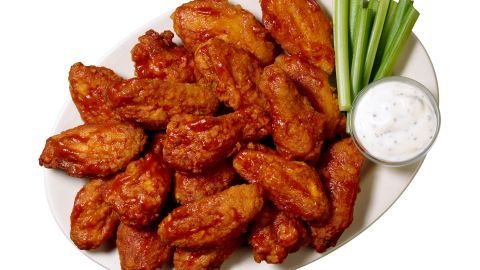 """51% of U.S. adults who eat chicken wings said they typically like to eat their wings with ranch dressing, according to a new <a href=""""http://www.nationalchickencouncil.org/americans-eat-1-25-billion-chicken-wings-super-bowl/"""" target=""""_blank"""" target=""""_blank"""">National Chicken Council</a> poll conducted online in January 2014 by Harris Interactive."""