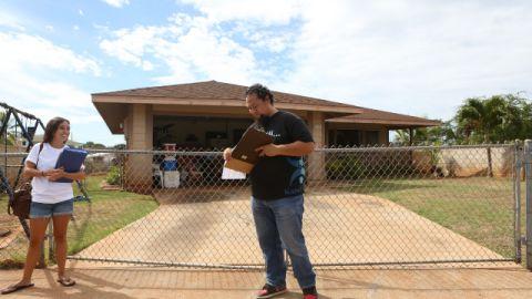 Joe Heaukulani and Kelsey Amos dedicate weekends to encouraging new voters.