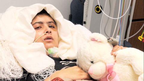 pkg mohsin malala family visits her in uk_00000317