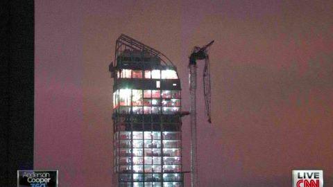 ac fixing dangling crane _00000217