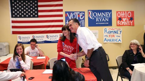 Republican presidential candidate Mitt Romney took a break from last-minute campaigning to greet workers in Richmond Heights, Ohio.