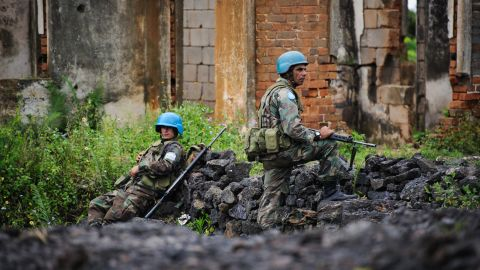 UN peacekeepers man a defensive position on the outskirts of Goma, in eastern Democratic Republic of the Congo, on November 18, 2012.