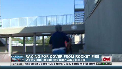 tsr dnt blitzer taking cover near israel-gaza border_00001430