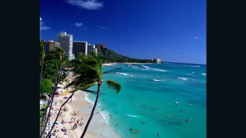 Ocean breezes, racial diversity, fitness and a mellow attitude help make Honolulu, Hawaii residents the ninth most attractive people in the country.
