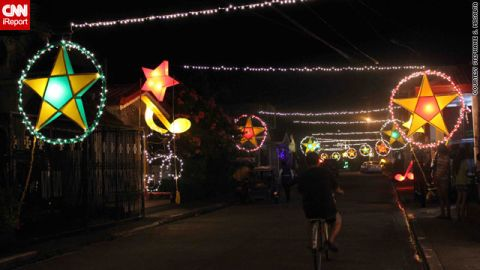 """The parol lanterns are most likely nowadays to be powered by electronic lights, but <a href=""""http://ireport.cnn.com/docs/DOC-888450"""">their beauty</a> still caught the eye of iReporter Stephanie Masalta."""