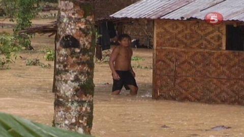 vo philippines typhoon bopha_00001129