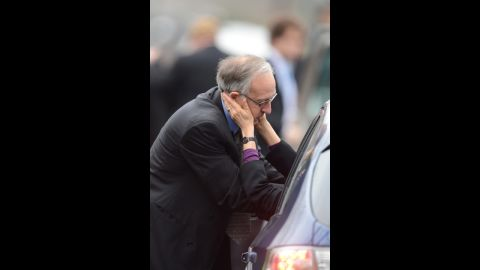Mourners arrive at Noah Pozner's service in Fairfield on December 17.