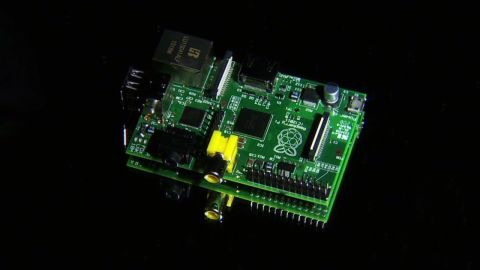 make create innovate raspberry pi credit card_00012017