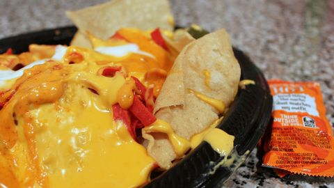 <strong>Taco Bell's Volcano Nachos:</strong> These molten cheese-laden nachos with spicy ground beef, pinto beans, and jalapeños break the nutrition bank with 970 calories and 58 grams of fat -- more calories and fat than any other single item on the menu -- plus 1,670 milligrams of sodium.