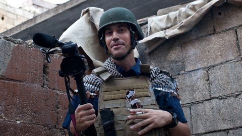 """A picture taken on November 5, 2012 in Aleppo shows US freelance reporter James Foley, who was kidnapped in war-torn Syria six weeks ago and has been missing since, his family revealed on January 2, 2013. Foley, 39, an experienced war reporter who has covered other conflicts, was seized by armed men  in the town of Taftanaz in the northern province of Idlib on November 22, according to witnesses. The reporter contributed videos to Agence France-Presse (AFP) in recent months.    AFP PHOTO / NICOLE TUNG RESTRICTED TO EDITORIAL USE - MANDATORY CREDIT """"AFP PHOTO/HO/NICOLE TUNG"""" - NO MARKETING NO ADVERTISING CAMPAIGNS - DISTRIBUTED AS A SERVICE TO CLIENTSNICOLE TUNG/AFP/Getty Images"""