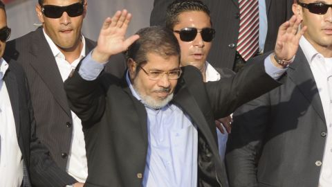 Mohamed Morsi's government is running into trouble securing an IMF loan.