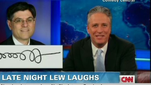 early late night lew signature_00011710.jpg