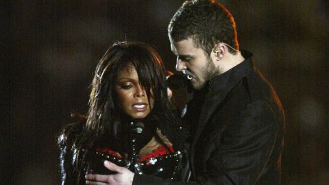 """In 2004, Janet Jackson, Diddy, Nelly, Kid Rock and Justin Timberlake put on quite a <a href=""""https://www.youtube.com/watch?v=wi_RIPHgXjU"""" target=""""_blank"""" target=""""_blank"""">performance</a> for viewers -- although it doesn't much matter what they sang, since the show will be forever remembered for Jackson's """"wardrobe malfunction."""""""
