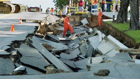 A water main collapsed an entire block-long part of Ocean Park Boulevard in Santa Monica, California, in December 2002.