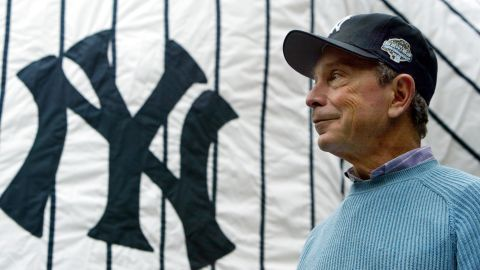 Bloomberg attends a New York Yankees pep rally at City Hall in October 2003.