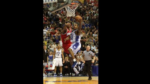 Jason Williams of Duke drives to the basket for a layup against Maryland during the semifinal tournament game at the Metrodome in Minneapolis on March 31, 2001. Duke overcame a 22-point deficit at one point to beat Maryland 95-84 and advance to the championship game.