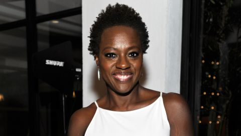 """<a href=""""http://marquee.blogs.cnn.com/2012/02/27/praise-pours-in-for-viola-davis-natural-do/?iref=allsearch"""" target=""""_blank"""">Viola Davis earned raves from style observers</a> when she arrived at the 2012 Oscars wearing her hair naturally. But the 47-year-old actress is in great company, as plenty of other Hollywood stars frequently opt to rock their hair in its natural state. Check out 20 more of our favorites:"""