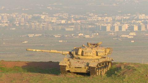 pkg sidner mideast israelis prepare_00023320.jpg