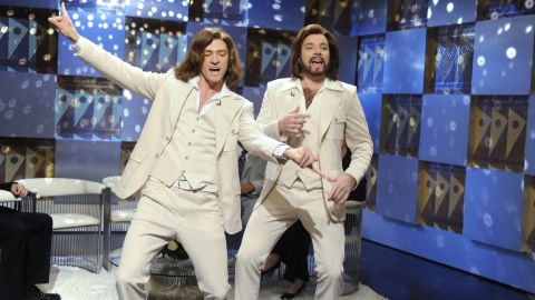 """Justin Timberlake as Robin Gibb and Fallon as Barry Gibb during the """"Barry Gibb Talk Show"""" skit on """"Saturday Night Live"""" in May 2009."""