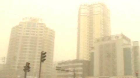 vo china xinjiang sandstorm_00000519.jpg