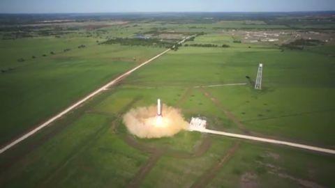 vo spacex grasshopper 10 story launch land_00001523.jpg