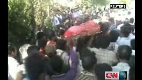 idesk.ramgopal.india.rape.victim.dies_00002521.jpg