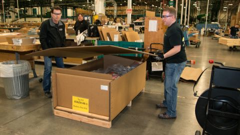 """Once the fix was approved by the FAA, Boeing began to prepare then ship the battery containment kit for shipping to its 787 customers. """"The parts easily go into a lower cargo hold but the tools and logistics to do the work probably are more suitable for a freighter,"""" managing director of AOG James Testin says. """"The equipment weighs close to 28,000 to 30,000 lbs (12.7 to 13.6 tons)."""""""