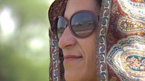 robertson pkg pakistan female candidate_00000327.jpg