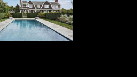 """This<a href=""""http://luxe.truliablog.com/2013/05/14/jennifer-lopez-buys-10-million-mansion-in-the-hamptons/"""" target=""""_blank"""" target=""""_blank""""> mansion with pool in the Hamptons</a> set Jennifer Lopez back a cool $10 million."""