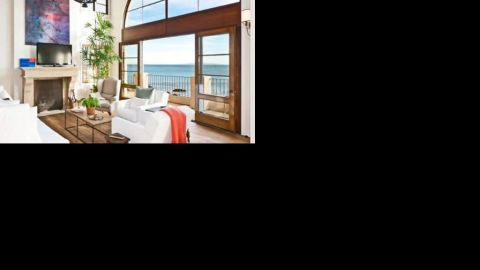 """Daisy Fuentes paid $5.75 million for <a href=""""http://luxe.truliablog.com/2013/04/22/daisy-fuentes-buys-malibu-house/"""" target=""""_blank"""" target=""""_blank"""">this Malibu escape</a> with a spectacular view."""