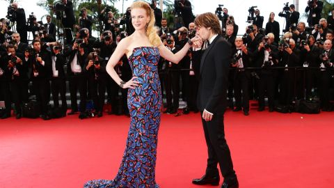 """Nicole Kidman <a href=""""http://news.instyle.com/2014/02/10/nicole-kidman-march-instyle-2014/"""" target=""""_blank"""" target=""""_blank"""">says her husband, Keith Urban</a>, leaves her a love letter for """"every single night he's away ... every single night of our relationship."""""""