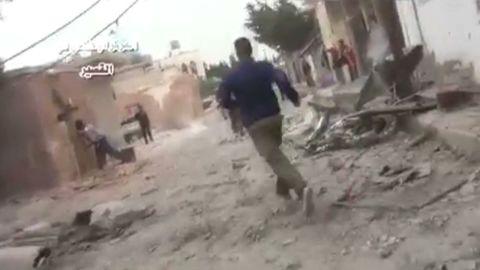 pkg robertson syria qusayr violence_00025401.jpg