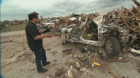 myers moore tornado debris_00002322.jpg