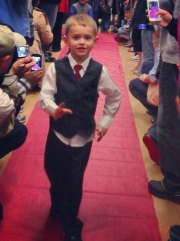 """Turns out lots of preschools have proms! <a href=""""http://ireport.cnn.com/docs/DOC-984577"""">Calvin Coursen</a> struts the red carpet at his preschool prom at Kiddie Academy of Eatontown in Eatontown, New Jersey. """"I personally loved seeing my son dressed up and so excited to be with all his friends,"""" said mom Gwendolyn Coursen."""