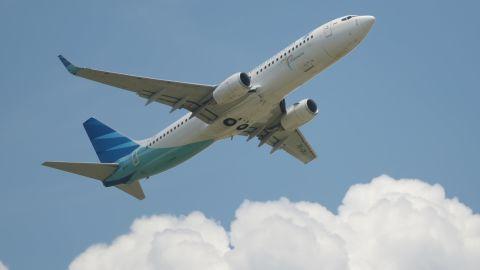 The best economy class award goes to Garuda Indonesia.