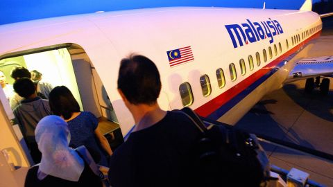 Malaysia Airlines' satay service wins best signature dish.