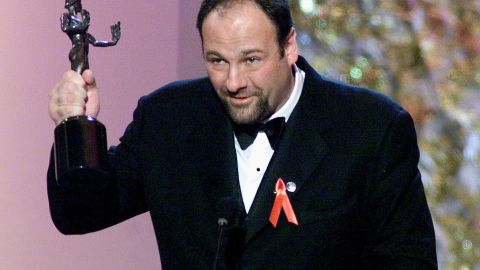 In this 12 March 2000 file photo, US actor James Gandolfini accepts the award for best actor in a television drama series for his role in 'The Sopranos' at the Sixth Annual Screen Actors Guild Awards (SAG) in Los Angeles.