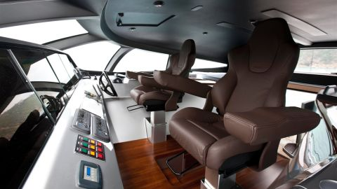 The luxury vessel includes an iPad controller, allowing the owner to control the boat remotely from up to 50 meters away.