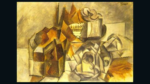 """The private sale of """"Compotier et tasse,"""" a 1909 work by Pablo Picasso, was halted by the U.S. government."""