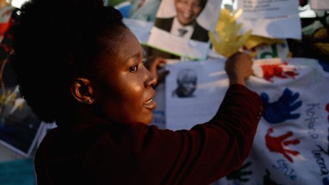 Well-wishers add messages of support to the growing collection on June 26.
